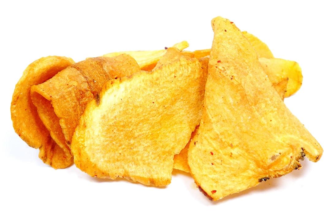 Frittierte Pastinakenchips mit Spreewälder Rauchsalz